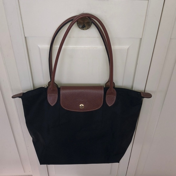 Longchamp Black Le Pliage purse